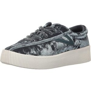 NEW-Tretorn Women Sneaker- Grey Crushed Velvet - 6